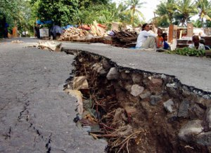 earthquake in road