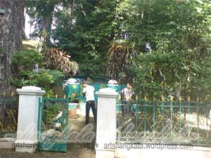 Petilasan Permaisuri Prabu SIliwangi di tengah Kebun Raya Bogor