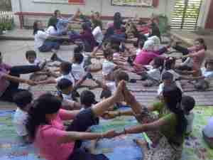 yoga taman kanak-kanak
