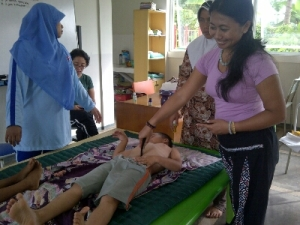 training child therapy by moms & sisters