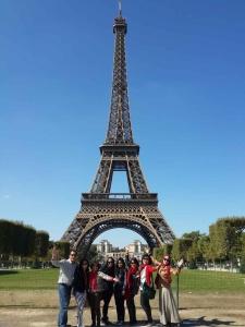 Para agen mencapai target penjualan dan berjalan tour negara2 di dunia gratis dari perusahaan